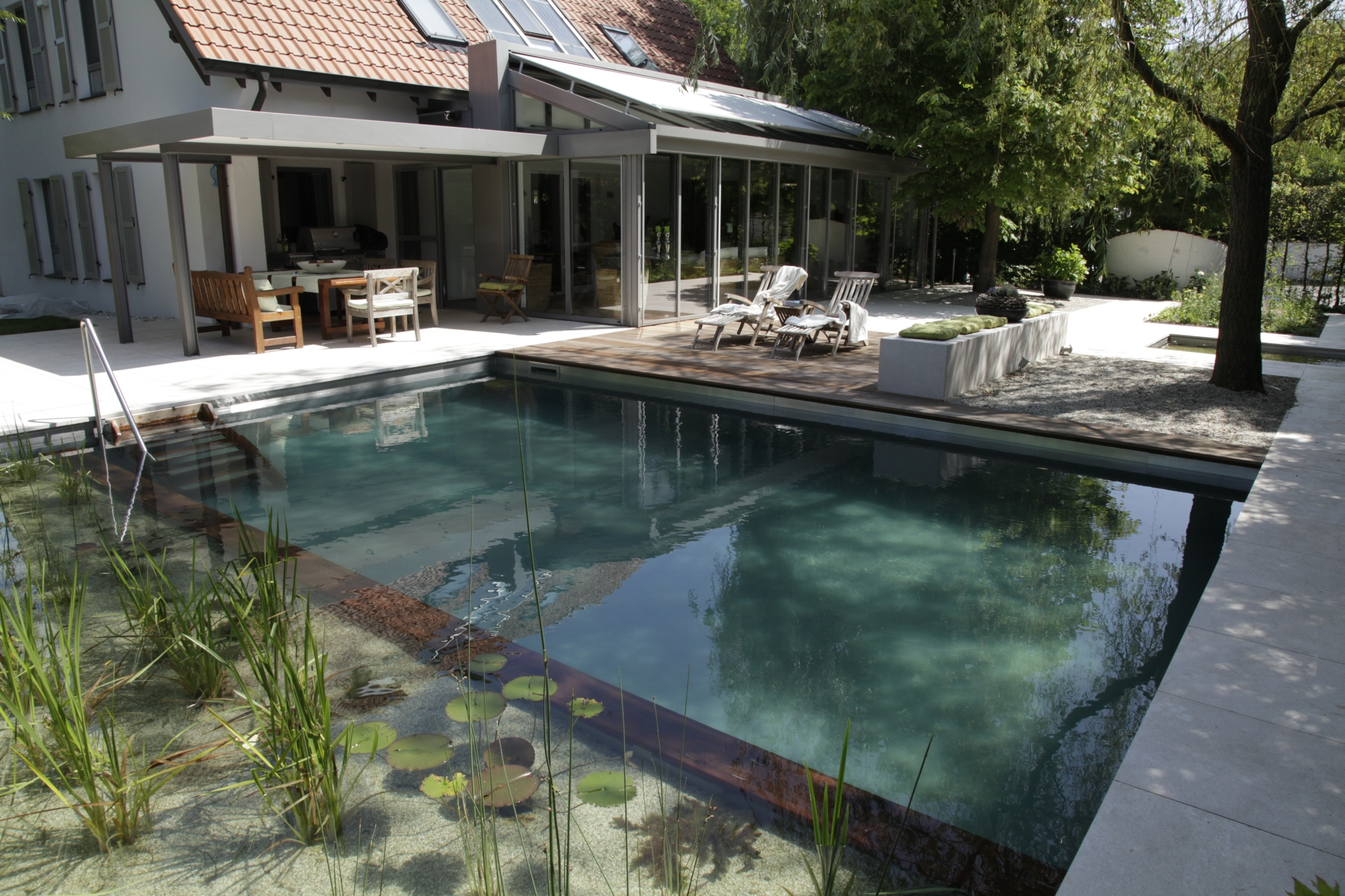 biotop natural pools garden ponds nature pools. Black Bedroom Furniture Sets. Home Design Ideas