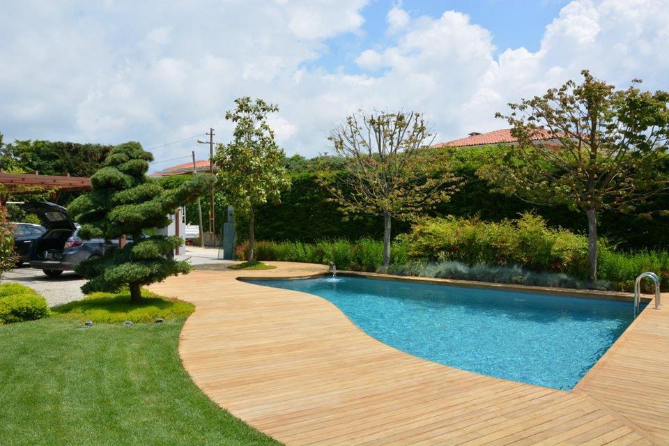 living pool der swimmingpool ohne chlor von biotop. Black Bedroom Furniture Sets. Home Design Ideas